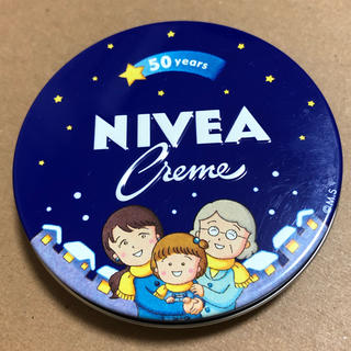 ニベア(ニベア)の【新品】ニベアクリーム さくらももこ 青缶 小缶(56g)×1  へこみあり(ハンドクリーム)