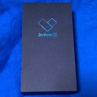 エイスース(ASUS)の【美品】 ZenFone5 ZE620KL シルバー SIMフリー(スマートフォン本体)
