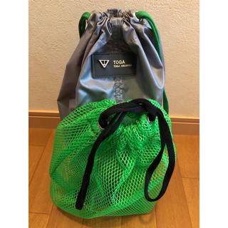 TOGA - TOGA メッシュ付きバッグ 巾着 シルバー×グリーン