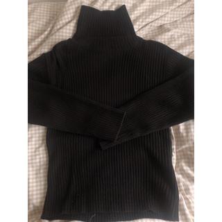 黒 タートルネックセーター(ニット/セーター)
