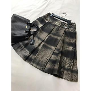 プラダ(PRADA)の美品 PRADA フレア スカート  柄 プラダ(ひざ丈スカート)