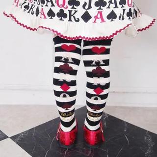 Shirley Temple - 新品シャーリーテンプル トランプボーダーオーバーニーロゴ黒白ブラック靴下ソックス