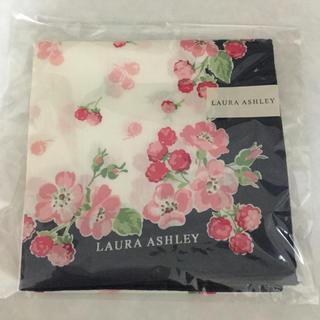 LAURA ASHLEY - 新品 ローラアシュレイ 花柄 ホワイトデー プ 大判ハンカチ ハンドタオル