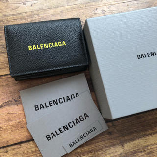 Balenciaga - 新品 新作!! バレンシアガ 三つ折り コンパクト折り財布 イエロー レア!