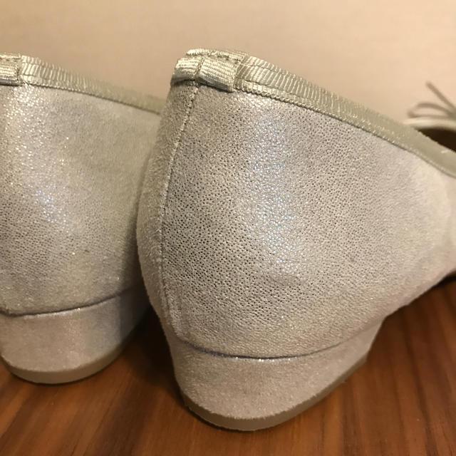 velikoko(ヴェリココ)のヴェリココ ラウンドトゥパンプス(3.0cmヒール)サイズ24cm レディースの靴/シューズ(ハイヒール/パンプス)の商品写真