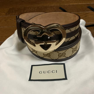 Gucci - 値下げ GUCCI グッチ インターロッキングハートシェイプ ベルト