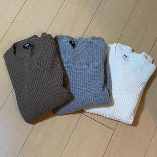 UNIQLO - ユニクロ ミドルゲージワッフルネックセーター 茶色、グレー、白セット