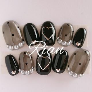 現品ネイル シースルードット black ハート スワロフスキージェル コスメ/美容のネイル(つけ爪/ネイルチップ)の商品写真