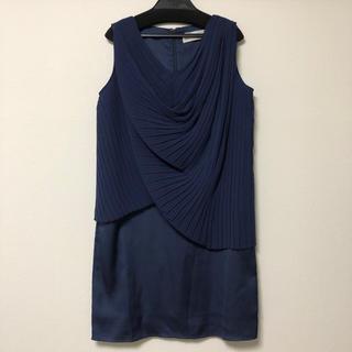 ロッソ(ROSSO)のROSSO プリーツドレープドレス(ミディアムドレス)