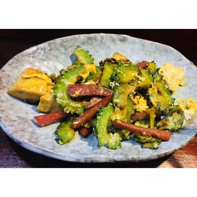 美肌に!採れたて直送!ビタミンがトマトの5倍!「今帰仁 ゴーヤ」 2kg 食品/飲料/酒の食品(野菜)の商品写真