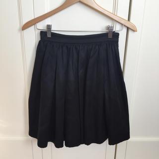 ミュウミュウ(miumiu)のmiumiu スカート ブラック サイズ36(ミニスカート)