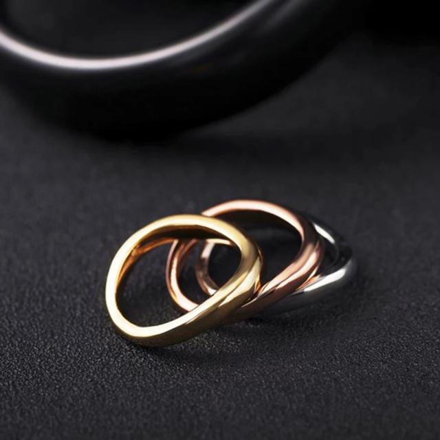 サージカルステンレス シルバー ゴールド ローズゴールド 三連リング レディースのアクセサリー(リング(指輪))の商品写真