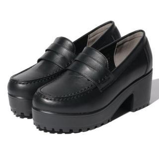 ナイスクラップ(NICE CLAUP)の新品 定価6490円 ナイスクラップ  ローファー BLACK orベージュ(ローファー/革靴)
