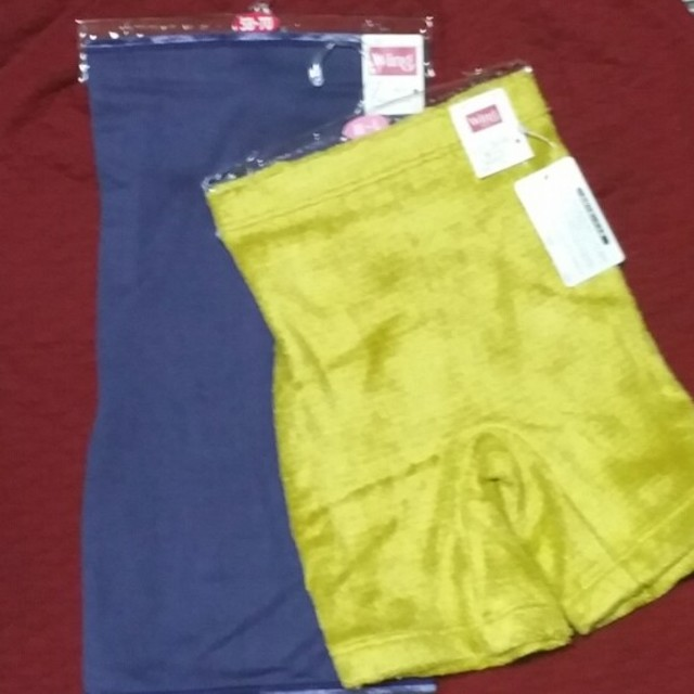 Wing(ウィング)の新品 Wing ウイング 毛糸パンツ&腹巻 レディースの下着/アンダーウェア(その他)の商品写真