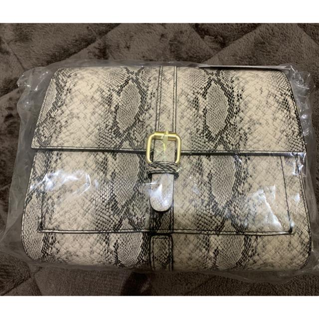 しまむら(シマムラ)のプチプラのあや パイソン柄 マエベルトショルダーバッグ レディースのバッグ(ショルダーバッグ)の商品写真