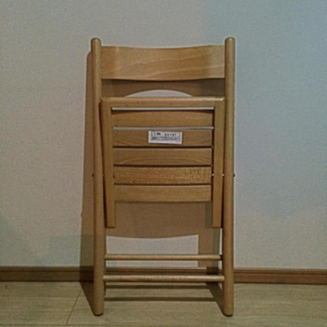 MUJI (無印良品)(ムジルシリョウヒン)の2脚セット無印 折りたたみイス  インテリア/住まい/日用品の椅子/チェア(折り畳みイス)の商品写真