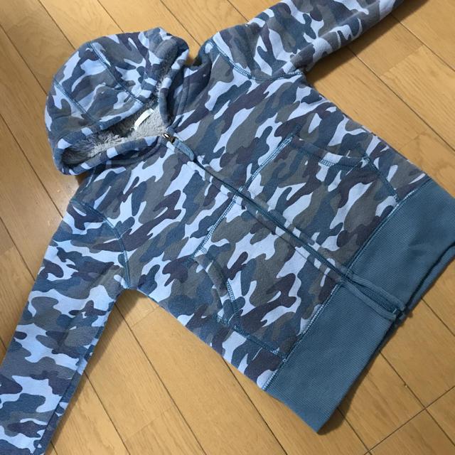 GU(ジーユー)のGU 迷彩ボアパーカー キッズ/ベビー/マタニティのキッズ服男の子用(90cm~)(ジャケット/上着)の商品写真