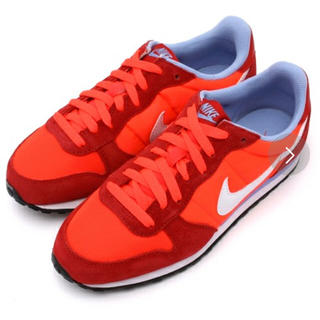 NIKE(ナイキ)のナイキ/赤スニーカー レディースの靴/シューズ(スニーカー