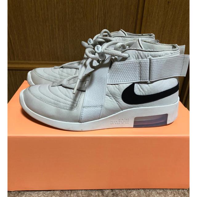 NIKE(ナイキ)のNIKE×FEAR OF GOD メンズの靴/シューズ(スニーカー)の商品写真