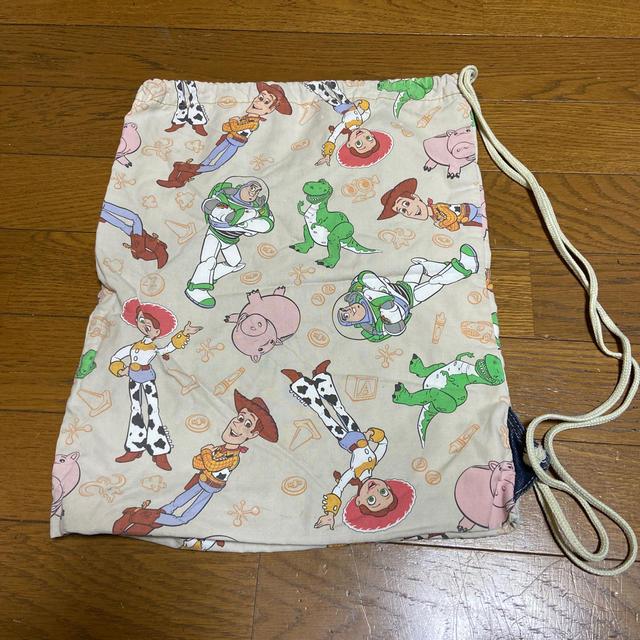 Disney(ディズニー)のディズニー巾着 エンタメ/ホビーのおもちゃ/ぬいぐるみ(キャラクターグッズ)の商品写真