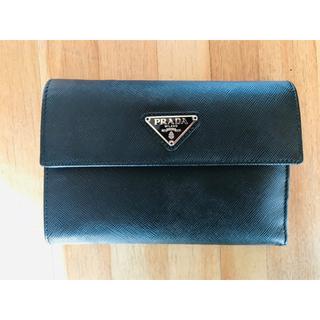 プラダ(PRADA)のPRADA 3つ折り 財布 黒(折り財布)