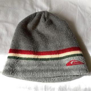 クイックシルバー(QUIKSILVER)のused クイックシルバー QUIKSILVER グレーニット帽(ニット帽/ビーニー)