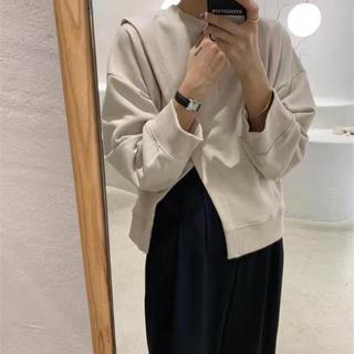 ☆韓国ファッション☆新品未使用☆大人気☆アシンメトリー☆パーカー☆スウェット