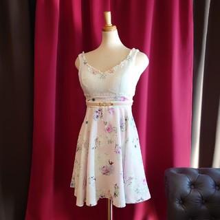 J16208 新品 7号 ワンピース Riage ピンク 花柄 フレア ビジュ(ミニワンピース)