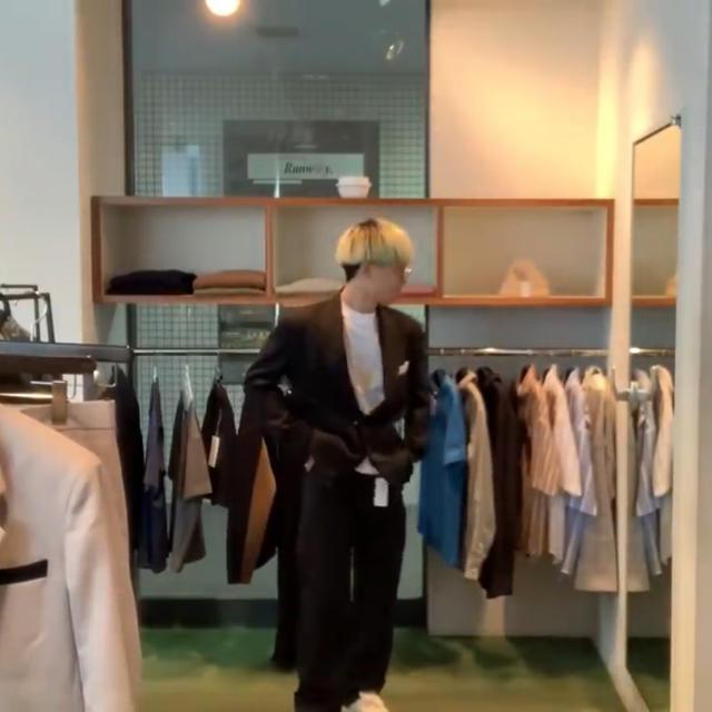 Jieda(ジエダ)のkudos 19ss ジャケット セットアップ 黒 メンズのジャケット/アウター(テーラードジャケット)の商品写真