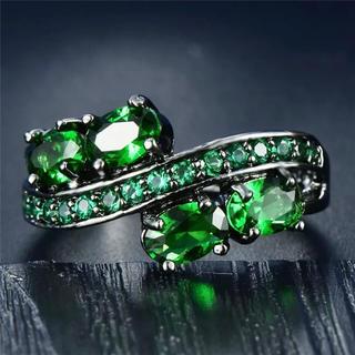 特価高品質!エレガントなグリーンクリスタルの装飾リング 10、11号相当(リング(指輪))