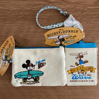 ミッキーマウス(ミッキーマウス)の【未使用】ディズニー ミッキー ティッシュポーチ&カードケースセット(ポーチ)