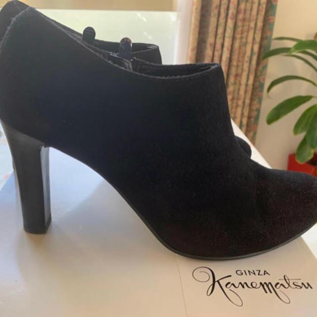 DIANA(ダイアナ)の銀座かねまつブーティー ショートブーツ 本革 黒 ブラック レディースの靴/シューズ(ブーティ)の商品写真