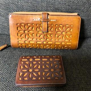 ゲンテン(genten)のゲンテンカットワークパスケース&長財布(財布)