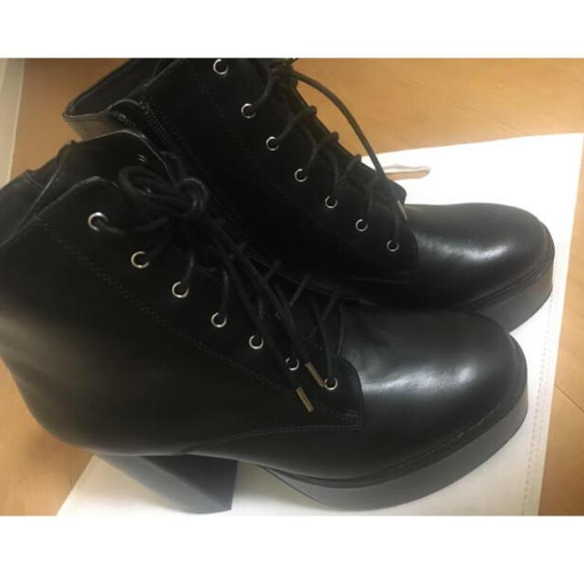 ESPERANZA(エスペランサ)のESPERANZA ボリュームソールレースアップショートブーツ レディースの靴/シューズ(ブーツ)の商品写真
