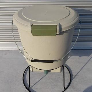 アイリスオーヤマ -  生ゴミ発酵器 EM-18 (未使用品)