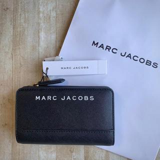 MARC JACOBS - 新品未使用 マークジェイコブス ロゴ ブラック 折りたたみ財布 ミディアム財布