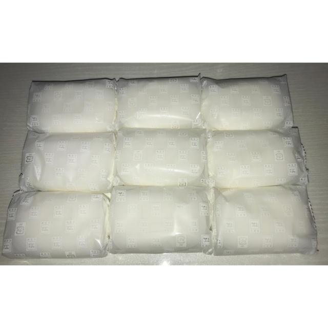 牛乳石鹸(ギュウニュウセッケン)の牛乳石鹸 赤箱 9個 コスメ/美容のボディケア(ボディソープ/石鹸)の商品写真