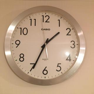 カシオ(CASIO)のCASIO 掛時計 シンプル 文字盤くっきり ウォールクロック カシオ 美品(掛時計/柱時計)