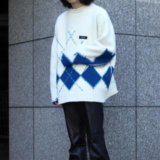 ジエダ(Jieda)のSYU Interstate-argyle hand sewn Knit(ニット/セーター)