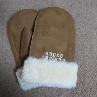 ロデオクラウンズ(RODEO CROWNS)の美品ムートン手袋(手袋)