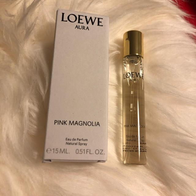 LOEWE(ロエベ)のLOEWE Aura Pink Magnolia15mlロエベman woman コスメ/美容の香水(香水(女性用))の商品写真