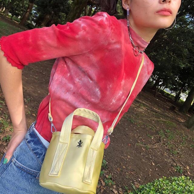 OPENING CEREMONY(オープニングセレモニー)の♡opening ceremony♡バッグ 薄いイエロー マカロンカラー レディースのバッグ(ショルダーバッグ)の商品写真