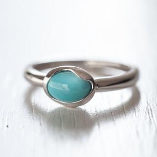 ターコイズ 指輪 プラチナリング 丸みが可愛い(リング(指輪))