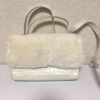 ファーファー(fur fur)の♡FURFUR♡リアルファーホワイトショルダーバッグ(ショルダーバッグ)
