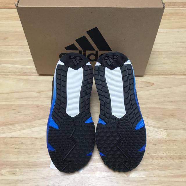 adidas(アディダス)のアディダスファイト 19センチ キッズ/ベビー/マタニティのキッズ靴/シューズ(15cm~)(スニーカー)の商品写真