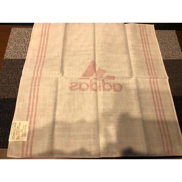 adidas(アディダス)の新品未使用アディダスadidasハンカチ2枚 キッズ/ベビー/マタニティのこども用ファッション小物(その他)の商品写真