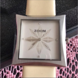 ズーム(Zoom)のズーム ZOOM スクエア オフホワイト 腕時計 レディース(腕時計)