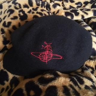 ヴィヴィアンウエストウッド(Vivienne Westwood)のヴィヴィアンウエストウッド キャスケット 帽子(キャスケット)