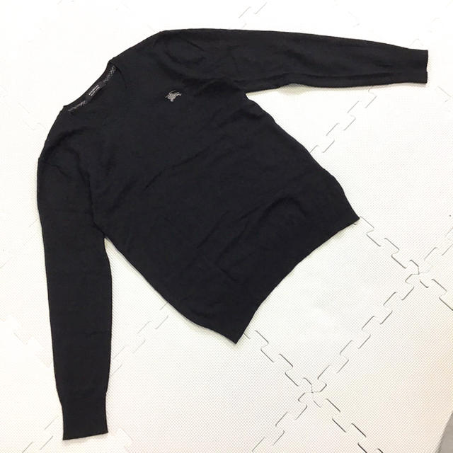 BURBERRY BLACK LABEL(バーバリーブラックレーベル)の美品 BURBERRY BLACK LABEL カシミヤ混 ニット 刺繍ロゴ レディースのトップス(ニット/セーター)の商品写真