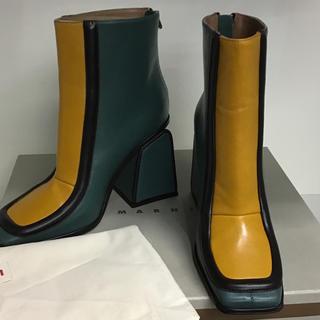 マルニ(Marni)の新品マルニMARNI ブーツ カーキ×イエロー 37(ブーツ)